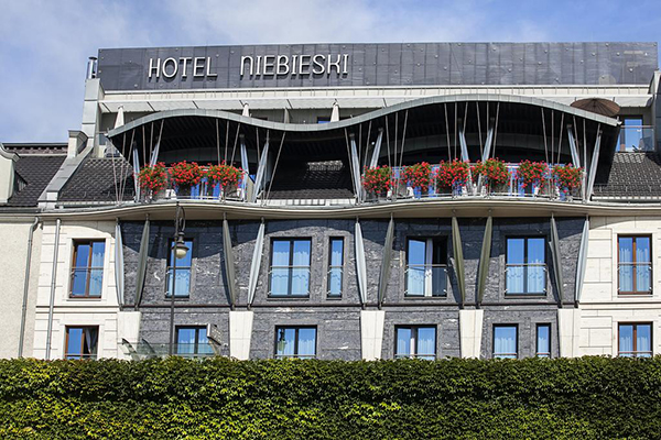 Niebieski Art Hotel And Spa